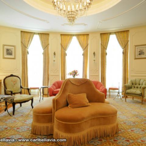 upscale, opulent, grand, traditional, townhouse, mansion,