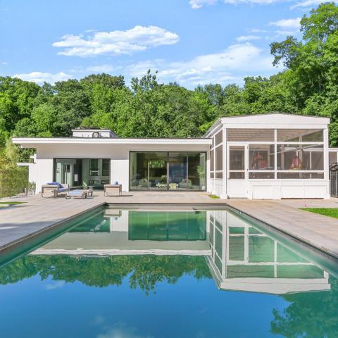 modern, light, airy, pool, kitchen,