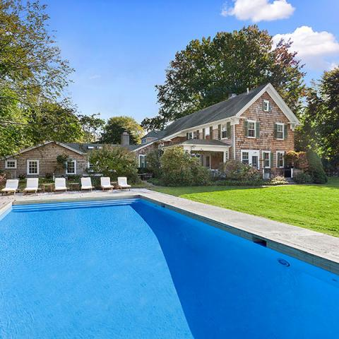 Hamptons, pool, deck, bathroom, kitchen,