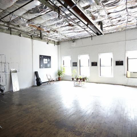 artist loft, funky, industrial, rooftop, urban, city view, loft, bohemian, rooftop