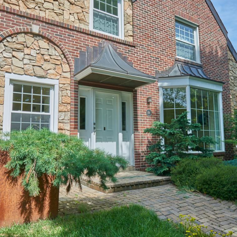 suburban, contemporary, fireplace, deck,