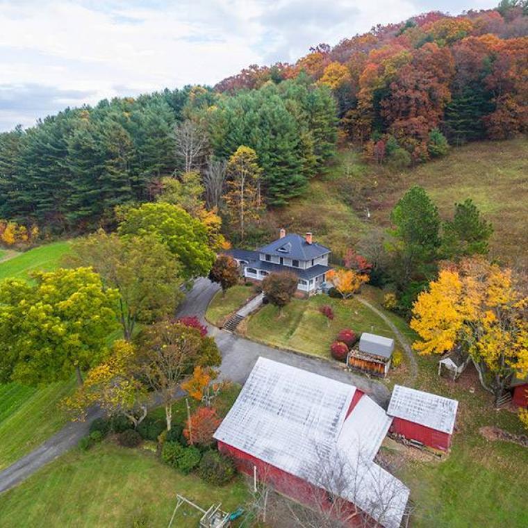 farm, farmhouse, barn, rural, porch,
