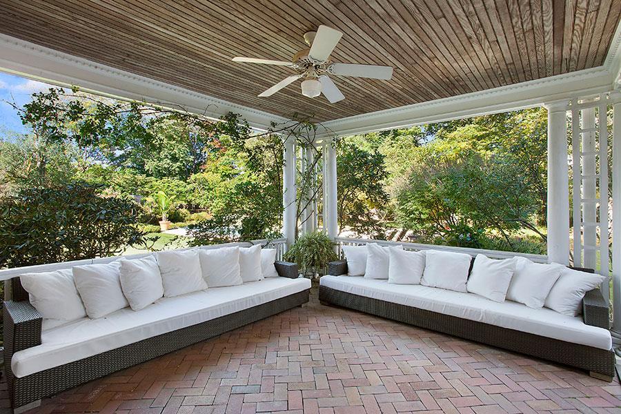 Hamptons, pool, deck, bathroom, kitchen,