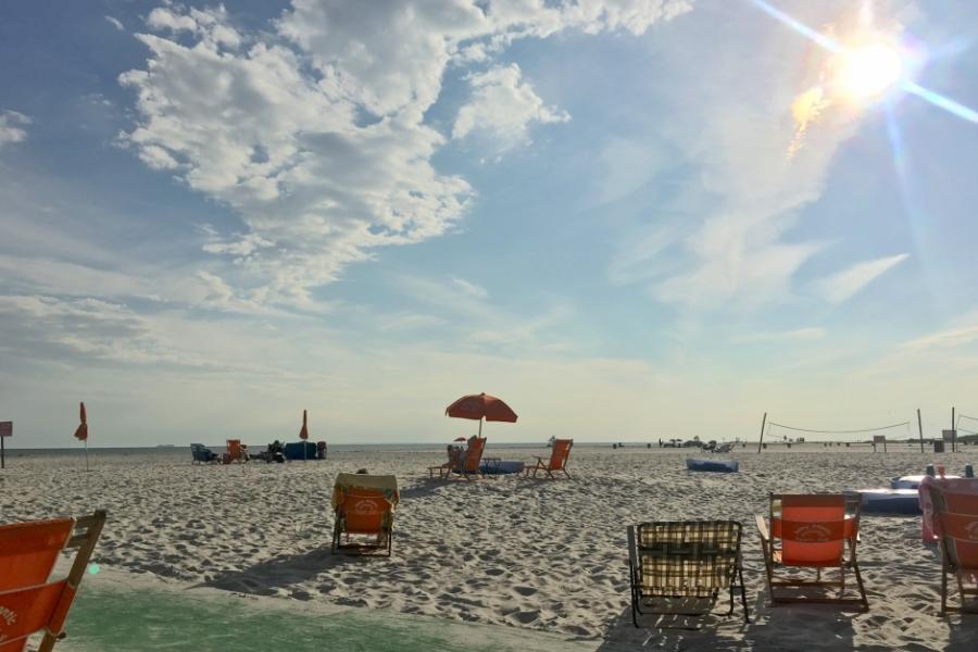 club, beach,