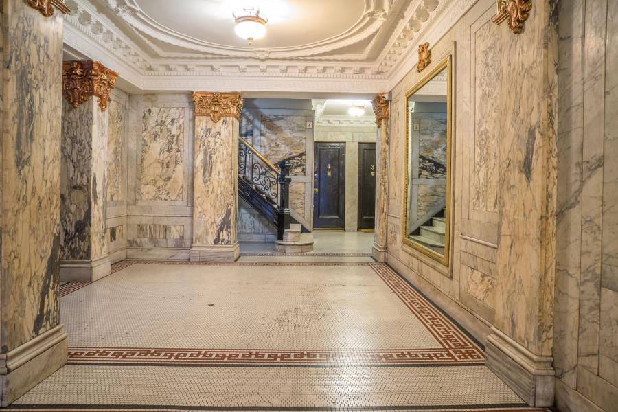 apartment, lobby, traditional, ornate,