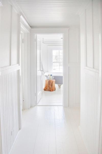Hamptons, contemporary, shingled, white, light, kitchen, bathroom,