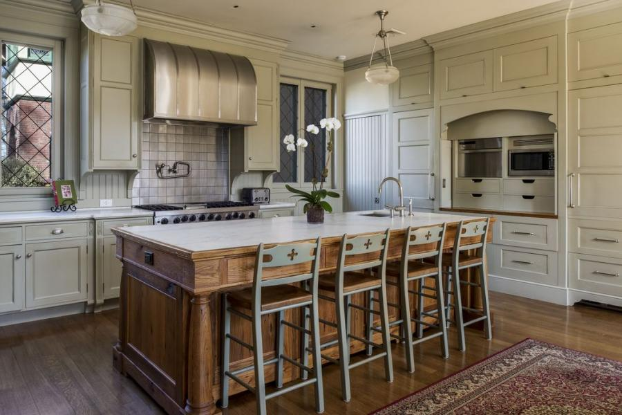 upscale, garden, pool, traditional, opulent, patio, fireplace, staircase, bathroom, kitchen,