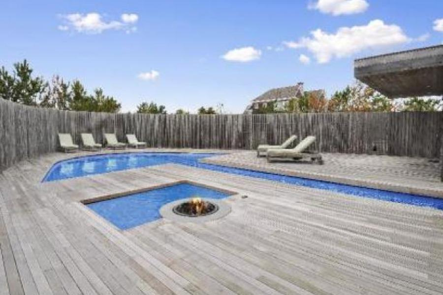 Hamptons, pool, contemporary, deck,