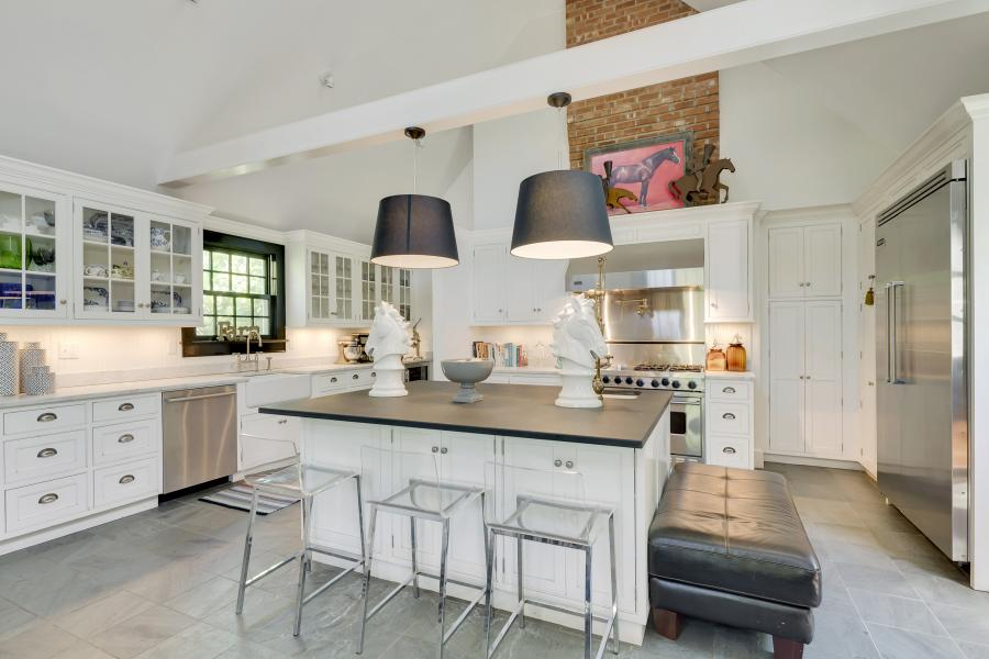Hamptons, contemporary, bathroom, kitchen, horse, light,