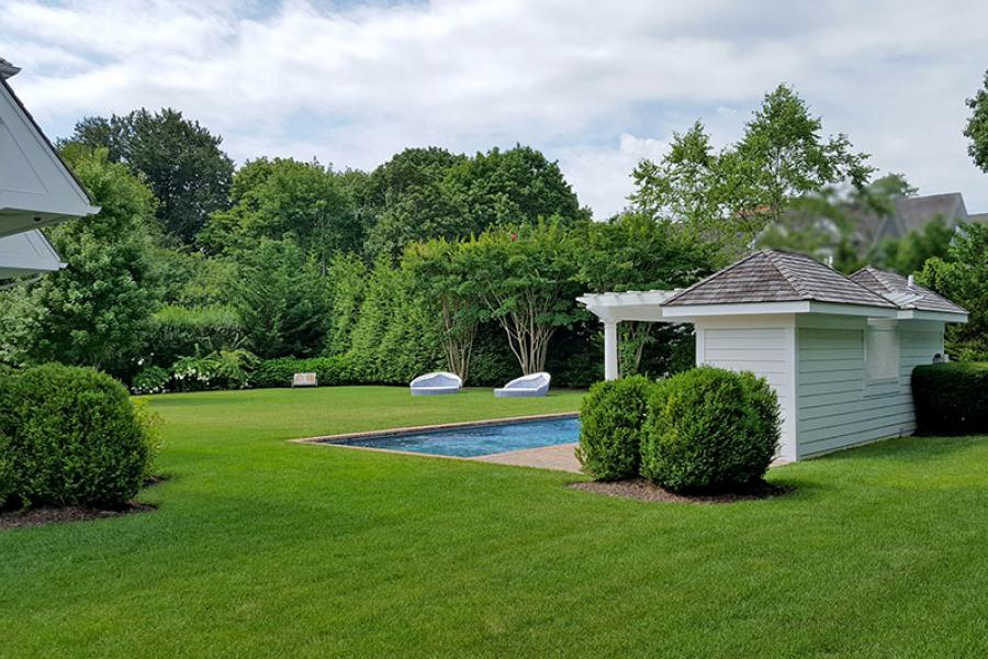Hamptons, pool, deck,