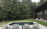 modern, contemporary, wooded, glass, light, airy, cabin, pool,