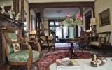 apartment, brownstone, colorful, traditional,